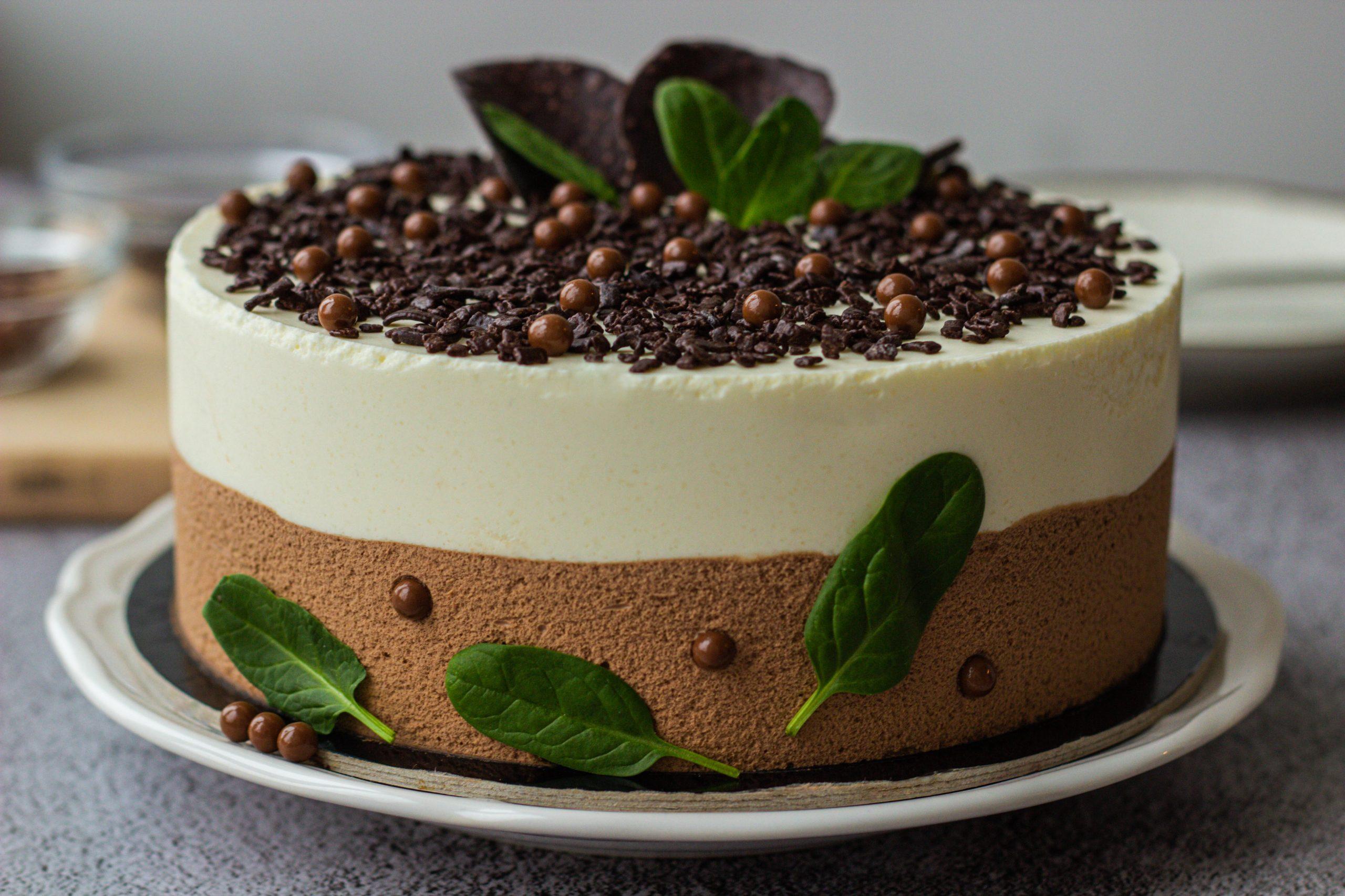 Šokolado mėtų putėsių tortas