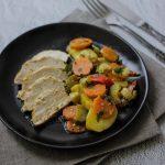 Orkaitėje troškinta vištiena su daržovėmis