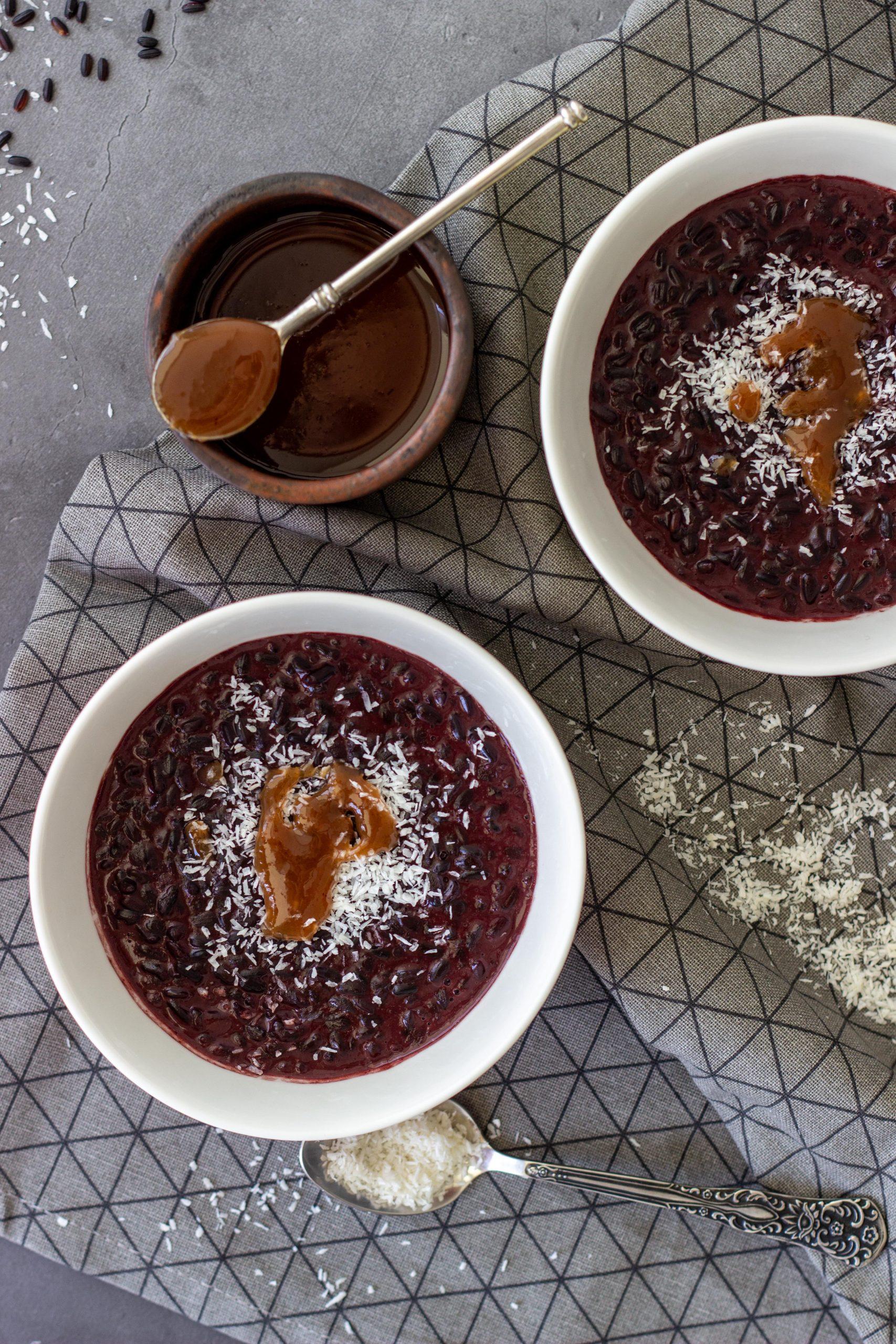 Kokosinis juodųjų ryžių pudingas