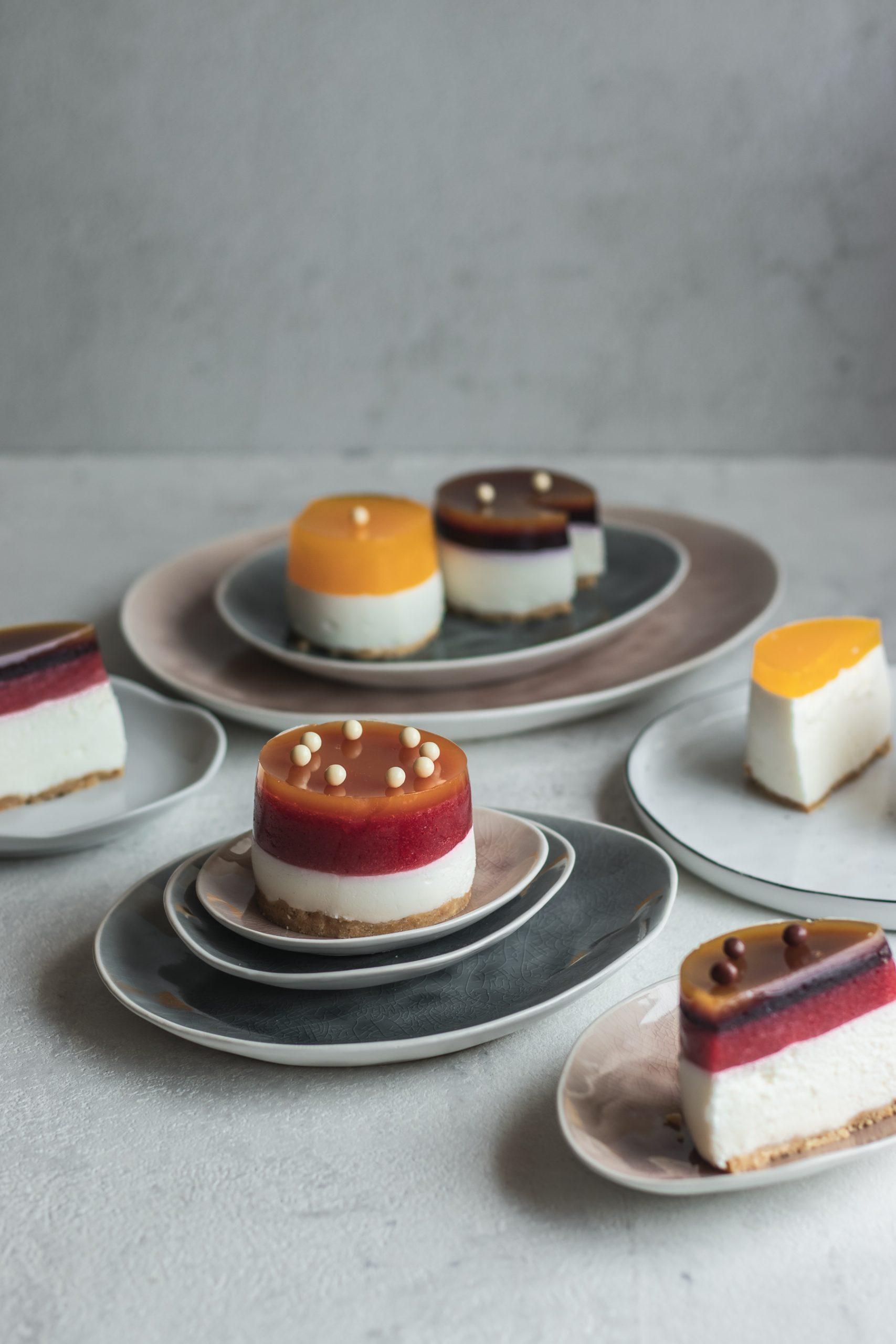 Rikotos sūrio ir mandarinų tortas arba pyragėliai